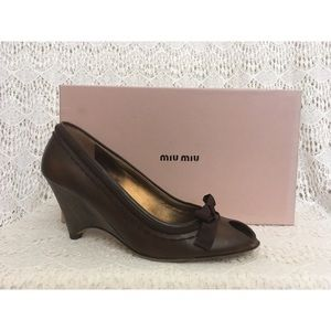 MIU MIU brown leather bow wedges 7.5 EUC w box